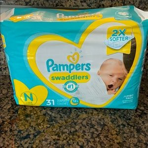 Pampers Swaddlers for Newborns NWT